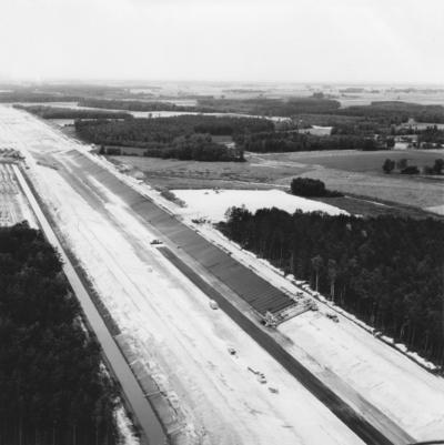 Bau Elbe-Seiten-Kanal (ESK)