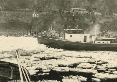 Eisperiode 1954 am Betteck/Rhein