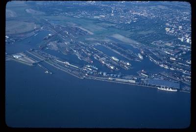 Hafen Bremerhaven, Columbus Kaje