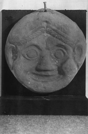 Placa amb el cap de Gorgona.