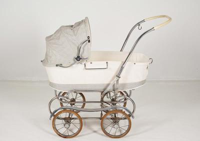 liggvagn, barnvagn