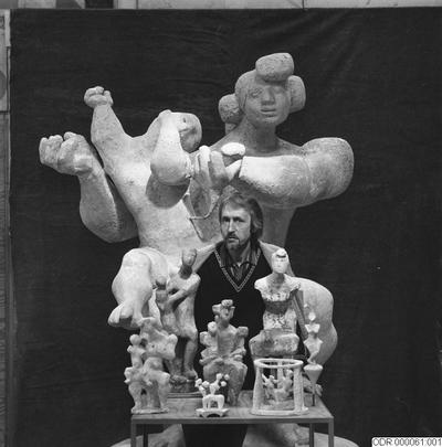 män, intendent, konst, skulpturer, museum, man, bråhammar, skulptur