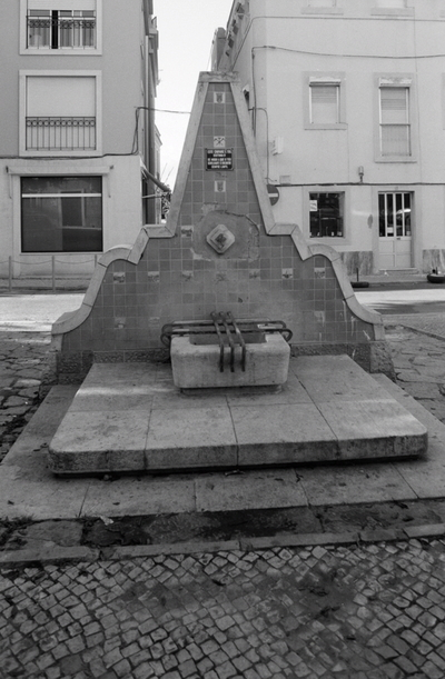 Chafariz da Praça Luís de Camões (Seixal)