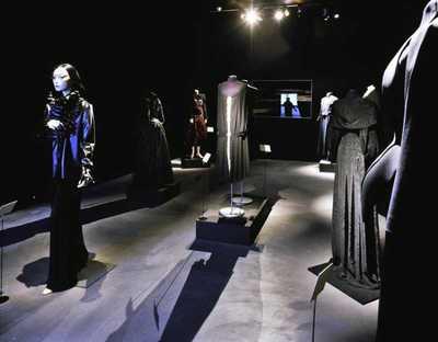 Zwarte mode uit eigen verzameling