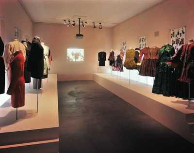 Carl van Gorcom. Utrechts couturier 1945-2002