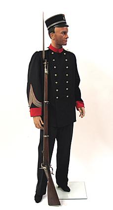Uniform en geweer van een sergeant-majoor van de Utrechtse schutterij
