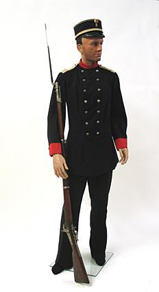 Uniform en geweer van een sergeant van de infanterie van de Utrechtse schutterij