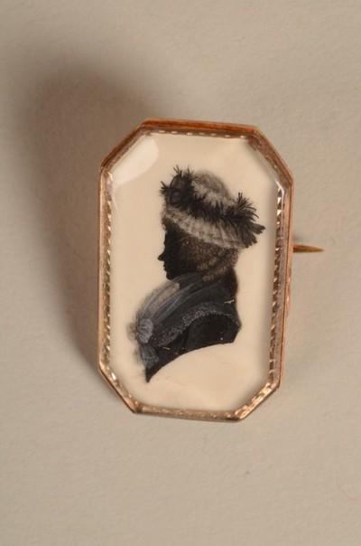 Broche met miniatuurportret van Johanna Burman