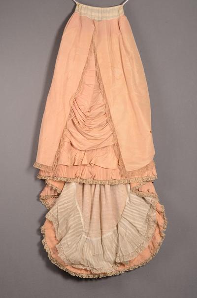 Tweedelige japon bestaande uit lijfje en rok