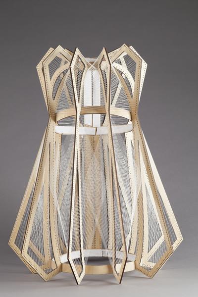 Houten jurk uit de collectie 11:11