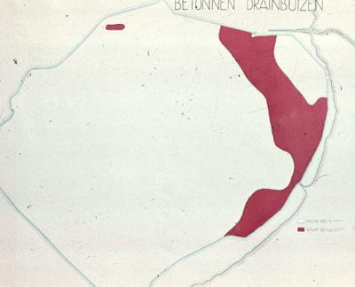 Oostelijk Flevoland. Betonnen draineerbuizen.