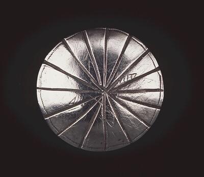 Zilveren knoop