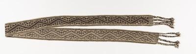 Geweven ceintuur met traditionele geometrische patronen versierd