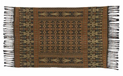 Man's cotton shoulder or hip cloth with pattern of male figures and the tree of life, ikat on warp threads