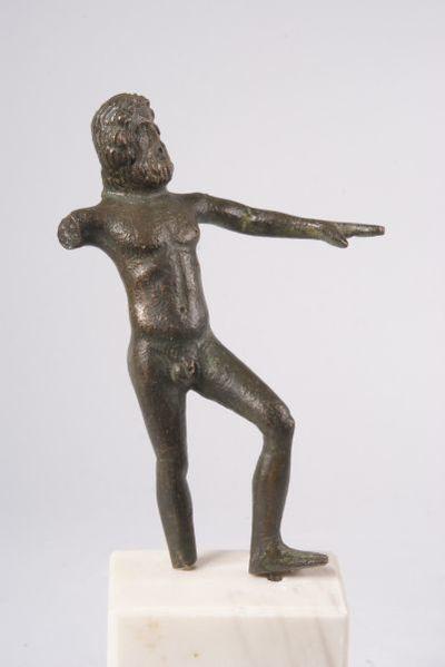 Статуетка на Зевс