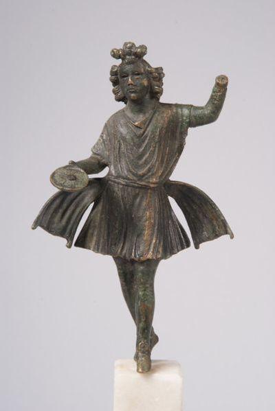 Статуетка на Лар
