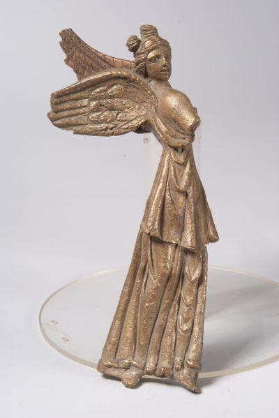 Статуетка на Виктория