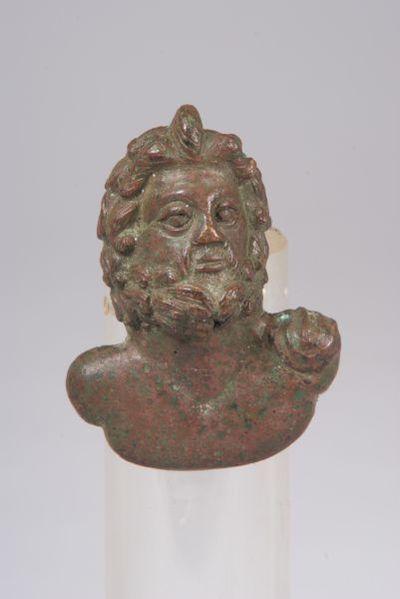 Бюст на Зевс