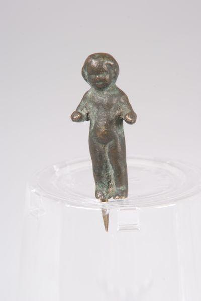 Статуетка на дете