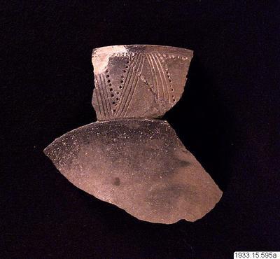 Lerkärlsfragment., kärl: puco och fragment