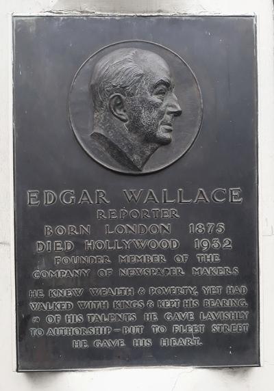 Plaque in memory of Edgar Wallace