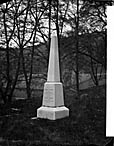 [Grave of Thomas and Janet Jones (Llandderfel?)]