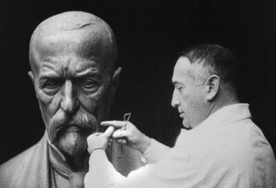 Stavba a odhalení pomníku presidentu osvoboditeli T. G. Masarykovi v Pardubicích