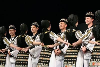 Festival-Concurs National al Tinerilor Interpreti de Muzica Populara Vara, Vara, Primavara