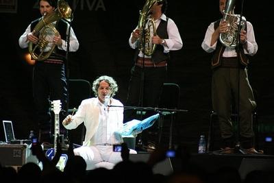 Concert Goran Bregovic Povesti si cantece de la nunti si inmormantari