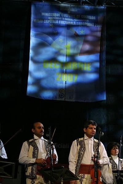 Concert extraordinar de muzica populara. Ziua Nationala – 1 decembrie