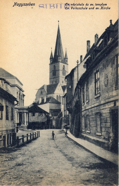 Nagyszeben - Evangelikus nepiskola es evangelikus templom - Evangelische Volksschule und evangelische Kirche