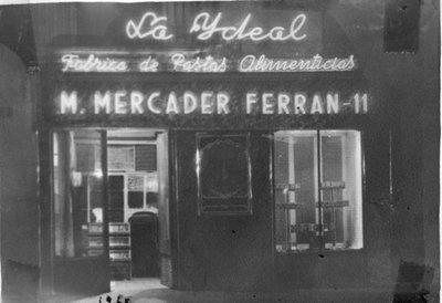 Aspecte de la botiga de M. Mercader  Ferran, Pastas La Ideal