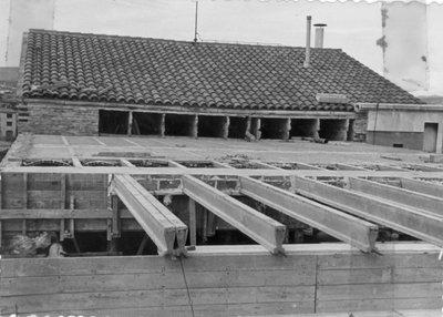 Pastas la Ideal. Vista de la fàbrica en construcció al carrer Sant Francesc d'Assís.