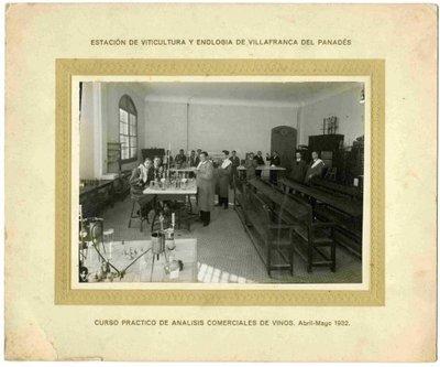Curs pràctic d'anàlissis comercials de vins. Abril-Maig 1932.