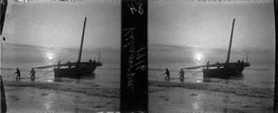 Sortida del sol a la platja de Vilanova i la Geltrú