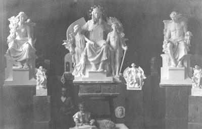 Atelijer Rudolfa Valdeca - modeli skulptura za Trgovačko obrtničku komoru