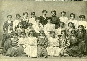 Girls' School 1907