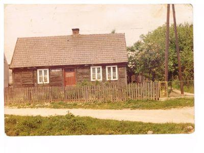Maj 1975. Dom Państwa Tomczyk w Gostycynie