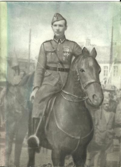 Lata 30. Aleksander Szczepański w mundurze wojskowym