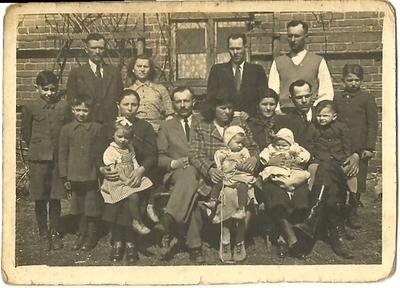 Lata 30. Rodzina Mamotów w Przewałach na Wołyniu