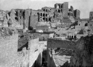 Biredjik-Blick auf die Burg - Ostseite
