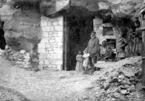 Biredjik, Felsen Wohn und Waschhaus