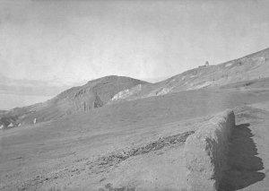 Damascus, Rand des Antilibanon-Barada-Tal vom Turm, rechts Abels Grab