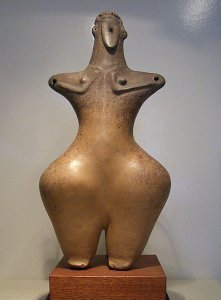 Frauenfigur, Kultgefäß