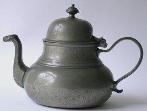 Danziger Zinn-Teekanne