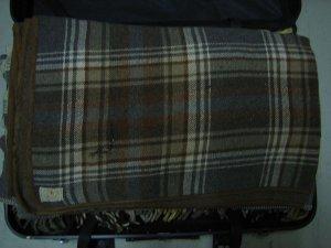 Musrterkoffer mit 6  Decken