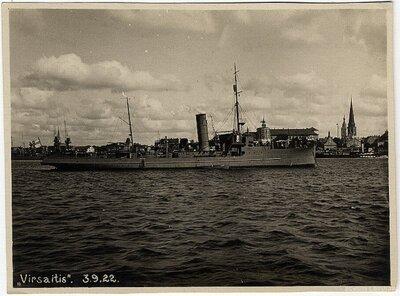 Rīga. Kara kuģis