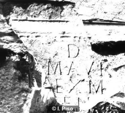 Grabinschrift auf Tafel