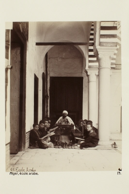 Fotografi. Arabisk skola. Alger, Algeriet.