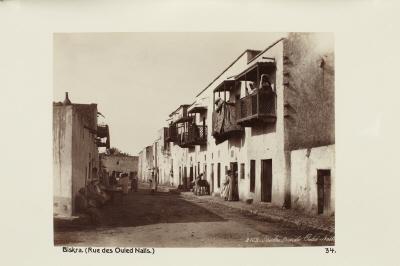 Fotografi. Rue des Ouled-Naïls. Biskra, Algeriet.